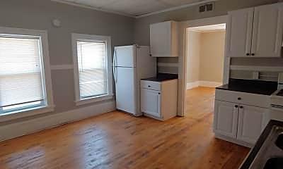 Kitchen, 2875 S 15th St, 1