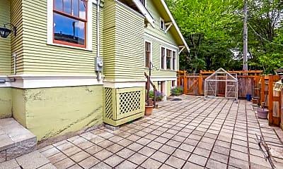 Patio / Deck, 2317 E Harrison St, 2