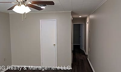 Bedroom, 104 Town Homes Dr, 2