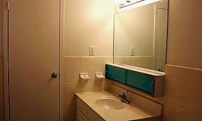 Bathroom, Lindenwood Apartments, 2