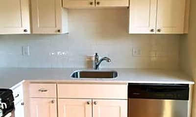 Kitchen, 133 W Tulpehocken St, 1