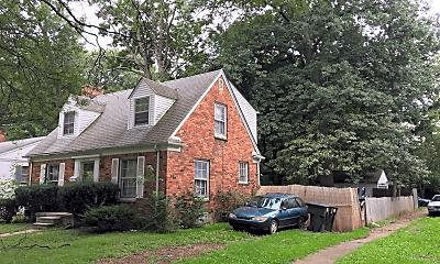 Building, 18313 Salem, 1