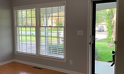 Living Room, 701 Marengo Drive, 1