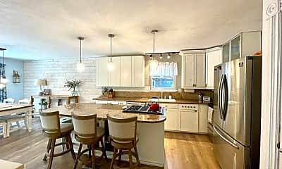 Dining Room, 2201 Baylake Rd, 1