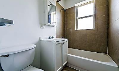Bathroom, 1145 N LeClaire, 2