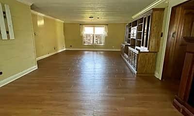 Living Room, 252 Mamou Prairie Rd, 2
