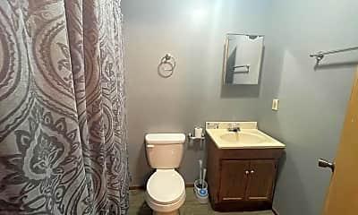 Bathroom, 3718 Byrd Rd, 2
