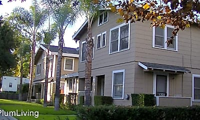 Building, 975 E Orange Grove Blvd, 2