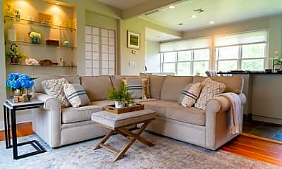 Living Room, 113 Baxter Ave, 1
