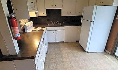 Kitchen, 2723 Curtview Dr, 1