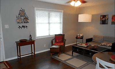 Living Room, 1001 Glenmar Ave, 1