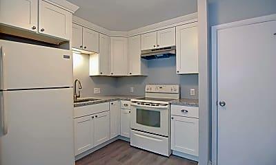 Kitchen, 624 Hyde Park Ave, 1