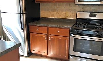 Kitchen, 1423 Martha Washington Dr, 0