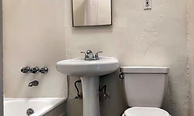 Bathroom, 1716 N Edgemont St, 2