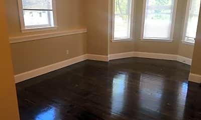 Living Room, 779 Parker St, 1