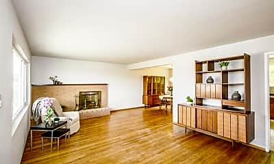 Living Room, 770 Park Way, 0