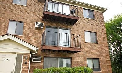Building, 9290 Hamilton Ct E, 1