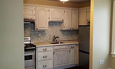 Kitchen, 1512 Pauger St, 1