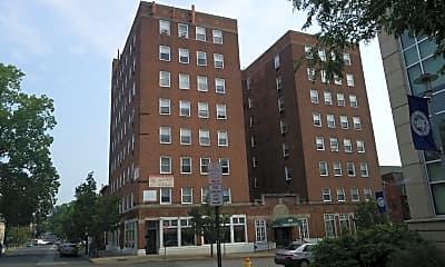 Hudson Pointe Apartments, 1