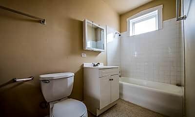 Bathroom, 5500 W Van Buren St, 0