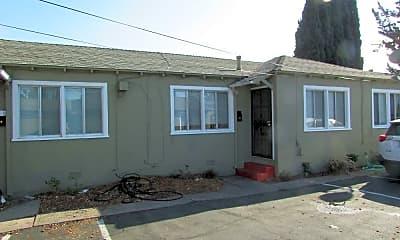 Building, 15073 Robin St, 0