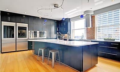 Kitchen, 411 W 7th St 704, 1