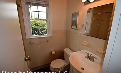 Bathroom, 6604 10th St, 2