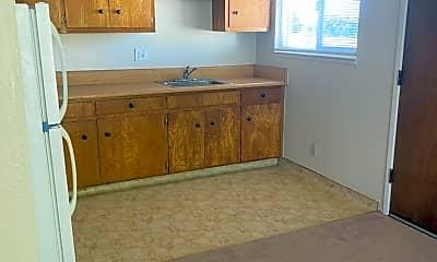 Kitchen, 1508 Parker St, 2