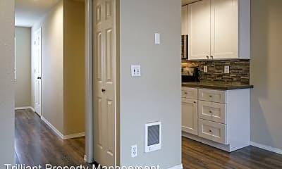 Kitchen, 2180 Maplewood Dr S, 1