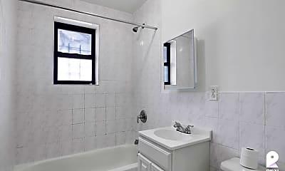Bathroom, 224 Willis Ave #4W, 2