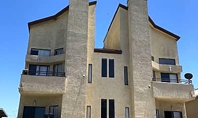 Building, 11722 Avon Way, 1