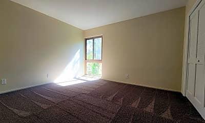 Living Room, 1301 Mills St, 2