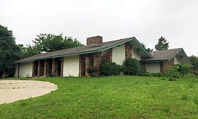 Building, 3843 E 69th St, 1