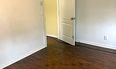 Living Room, 946 Bennett Pl, 1