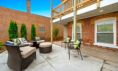 Patio / Deck, 4434 West Belmont Avenue, 2