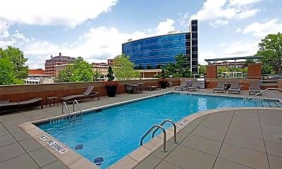 Pool, 8025 Maryland Ave 9B, 2