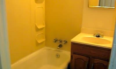 Bathroom, 324 W Dewald St, 2