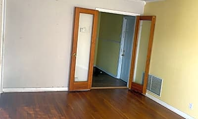 Living Room, 4829 Alice St, 1