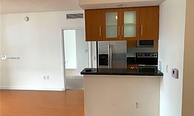Kitchen, 601 NE 23rd St 1504, 1