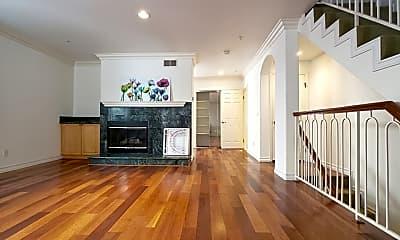 Living Room, 821 S Gramercy Pl 4, 0