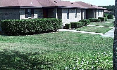 Julian Hills Apartments, 2