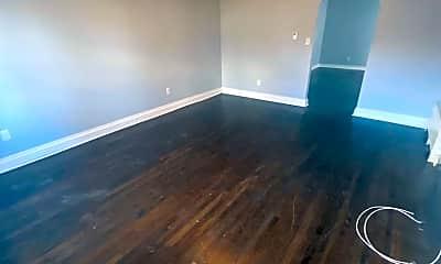 Living Room, 623 Beatty St, 1