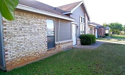 Building, 3909 Georgetown Dr, 2