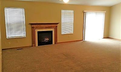 Living Room, 8366 Lee Court, 1