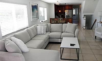 Living Room, 211 Marcdale Blvd, 1