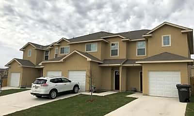 Building, 6603 Arancione Ave 4, 0