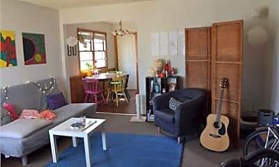 Living Room, 841 25th Ave SE, 2