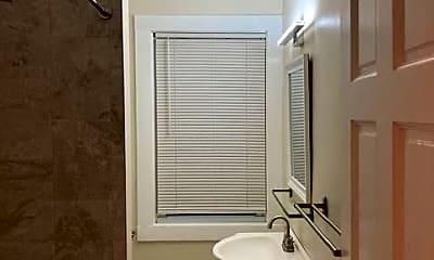 Bathroom, 57 Oakridge St, 1