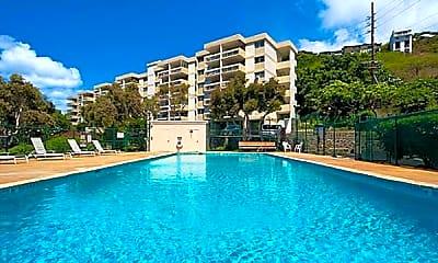 Pool, 4952 Kilauea Ave 2, 2