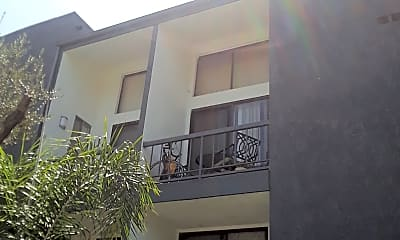 The Carseka Apartments, 0